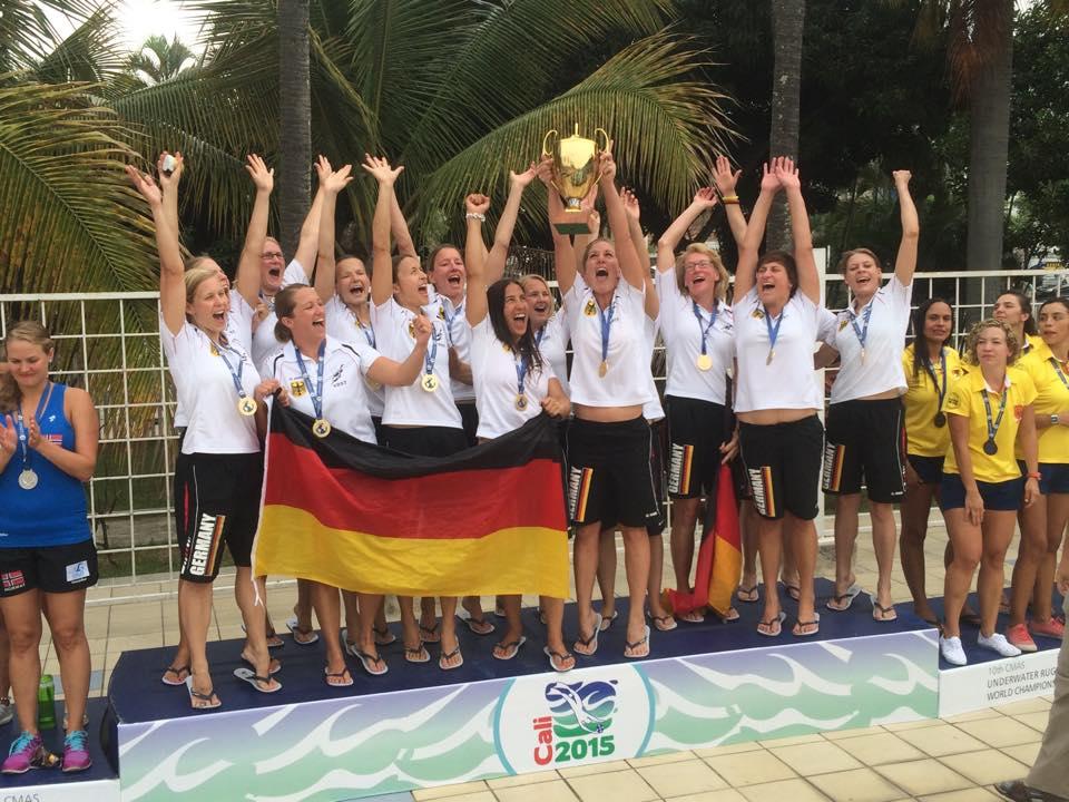 Die Deutsche Damen sind Weltmeister im Unterwasser Rugby !
